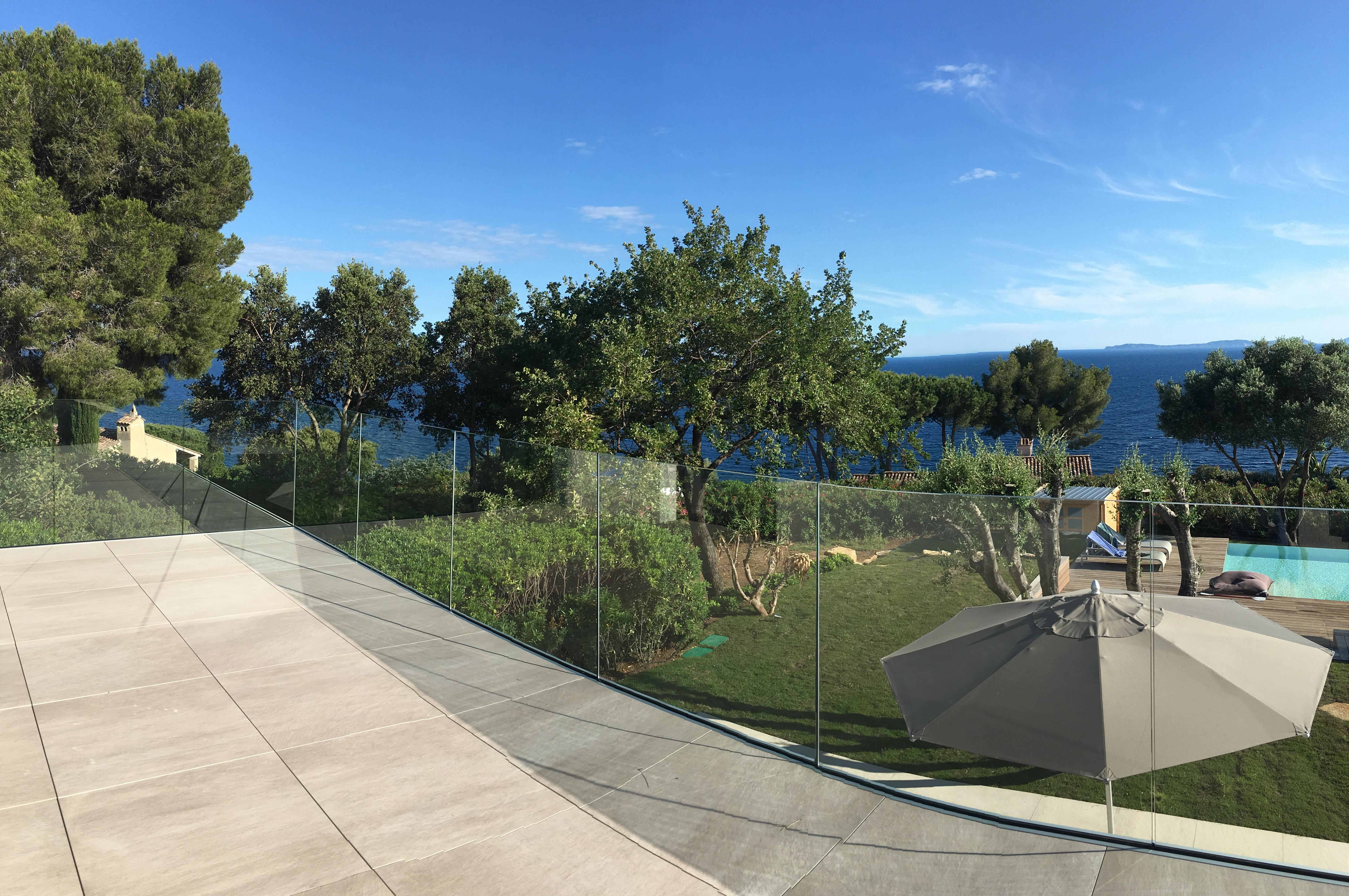 GARDE CORPS EXTERIEUR EN VERRE Toulon (Var) La Seyne-sur-Mer Hyères